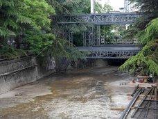 В Ялте снесут аттракцион, установленный в русле реки