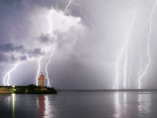 В первую неделю лета в Крыму дожди и грозы