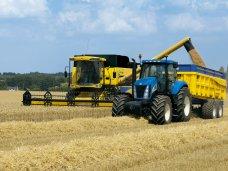 Для сбора урожая в Крыму привлекут технику из других регионов