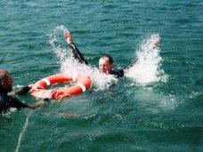 За день на ЮБК в море унесло 10 человек