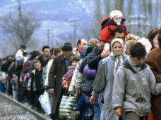 Беженцы должны получить официальный статус для получения финансовой помощи в Крыму