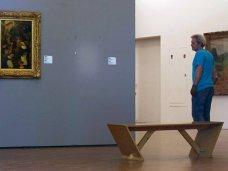 Из галереи в Севастополе украли 20 картин