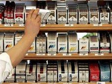 В Севастополе прокуратура требует наказать предпринимателей за торговлю табаком возле учебных заведений