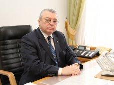 Первый вице-спикер Крыма сложит полномочия