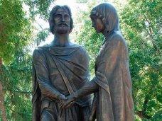 В Симферополе откроют памятник покровителям семьи