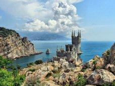 В Крыму в модернизации курортной сферы будут стремиться к мировым стандартам