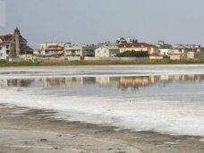 В Крыму инициируют принятие программы по сохранению соляных озер