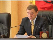 В Керчи сменили вице-мэра и управделами