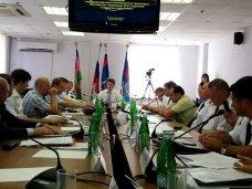 Министр транспорта РФ проверил работу Керченской переправы