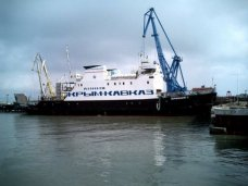 Между Керчью и портом «Кавказ» за сутки совершено 74 рейса