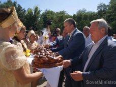 Крымский премьер посетил Красногвардейский район