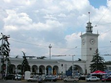 Реконструкцию железнодорожного вокзала Симферополя отложили