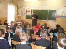 Крымские школы будут самостоятельно определять нагрузку на учеников и учителей