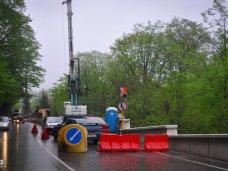 На аварийном мосту при въезде в Керчь вводят реверсивное движение