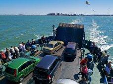 В порту «Крым» очереди на паром ожидают больше 1 тыс. автомобилей