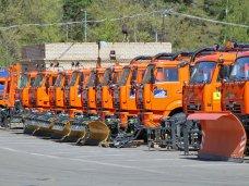 Санкт-Петербург подарит Симферополю 100 единиц коммунальной техники