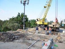 В Керчи завершили ремонт моста