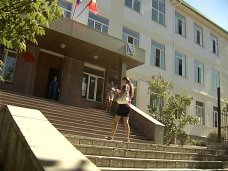 В Севастополе отремонтировали фасад школы