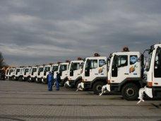 Симферополь получил 16 единиц коммунальной техники от Санкт-Петербурга