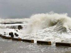 На паромной переправе в Керчи объявлено штормовое предупреждение
