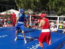 В Ялте стартовал IV Международный турнир по боксу