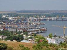 Переправы через Керченский пролив ожидают 2,3 тыс. автомобилей