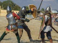 На Крымском военно-историческом фестивале прошел день Средневековья
