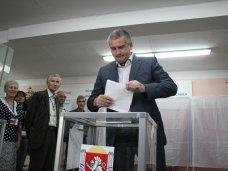Глава правительства Крыма проголосовал на выборах
