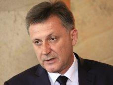 Глава Симферополя видит себя в кресле мэра и после выборов