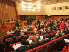 Первые кандидаты в партийных списках «Единой России» и ЛДПР в Крыму отказались от депутатских мест