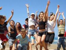Летом в Симферополе оздоровили 23 тыс. детей