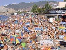 В Крыму отдохнуло 2,7 млн. туристов