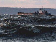 Работа Керченской переправы приостановлена из-за погодных условий