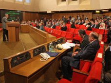 В парламенте Крыма определили депутатов, которые будут работать на профессиональной основе