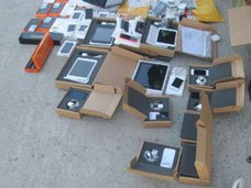 5 iPad и более 20 iPhone нашли таможенники в автобусе из Николаева на границе с Крымом