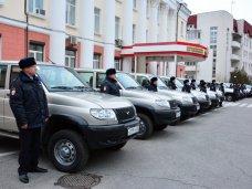 Крымским участковым вручили новые автомобили