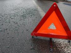 На трассе Симферополь-Феодосия столкнулись автобус и легковой автомобиль: 1 человек погиб, 5 травмированы