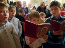 """В Петро-Павловском кафедральном соборе  пройдет """"детская"""" Божественная Литургия"""