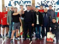 Транспортные полицейские Севастополя одержали победу в футбольном турнире