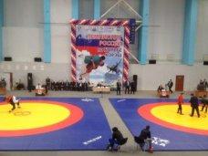 Крымчане приняли участие в первом официальном чемпионате России по борьбе корэш