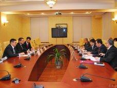 Руслан Бальбек встретился с делегацией из Сербии