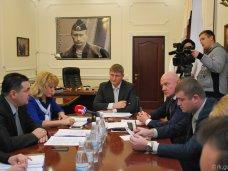Незаконно приватизированное недвижимое имущество необходимо вернуть крымчанам – Михаил Шеремет