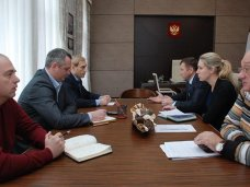 Глава Евпатории Филонов и руководство минэкологии РК обсудили основные проблемы города