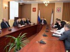 Сергей Аксёнов встретился с представителями торговых сетей Крыма