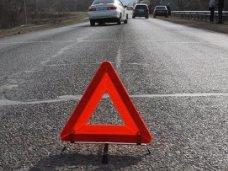За сутки на автодорогах Крыма неизвестные водители сбили 2 пешеходов