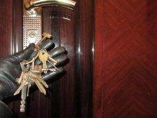 """Полиция задержала в Симферополе троих """"домушников"""""""