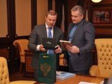 Сергей Аксёнов провёл встречу с главой Федерального агентства лесного хозяйства