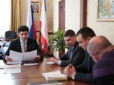 Николай Янаки провел встречу с представителями ведущих крымских предприятий по производству и переработке молока