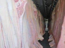 В Крым не попало 15 тонн мяса неизвестного происхождения