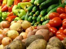 Поставки овощей и фруктов из Украины в Крым остаются стабильными
